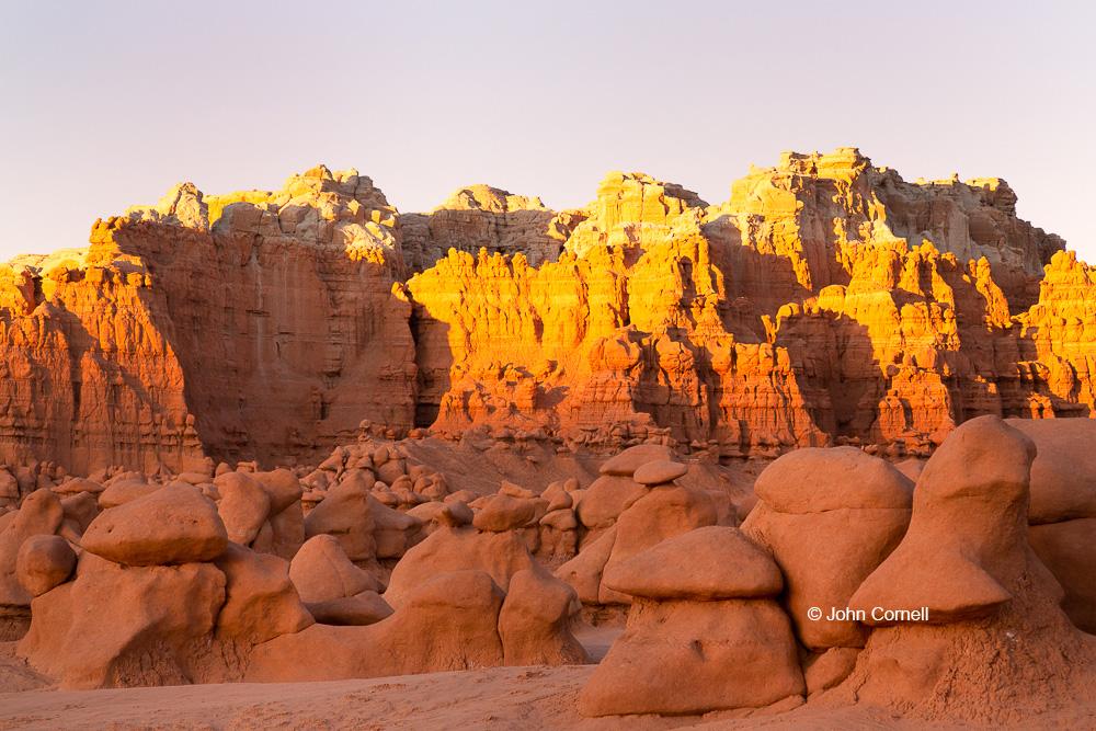 Desert;Erosion;Four Corners;Goblin Valley State Park;Hoodoos;Sandstone;Sunset;Utah