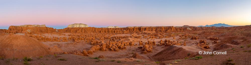 Desert;Erosion;Four Corners;Goblin Valley State Park;Hoodoos;Panoramic;Sandstone;Sunset;Utah
