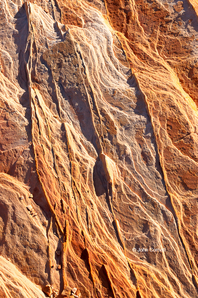 Desert;Desert Scenic;Erosion;Nevada;Red Rock;Red Rocks;Sand;Sandstone;Sandstone Fins;Valley of Fire State Park;color image;colorful;dry;striation